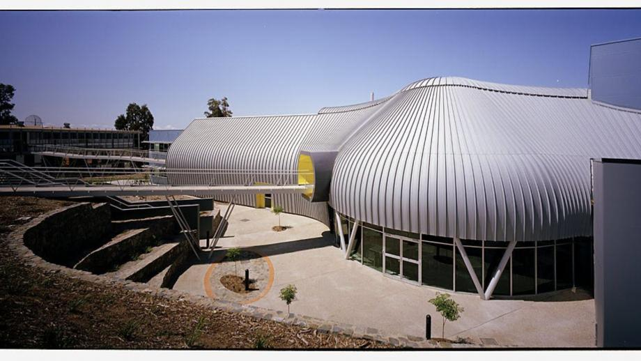 Advanced Instrumentation and Technology Centre (RSAA)