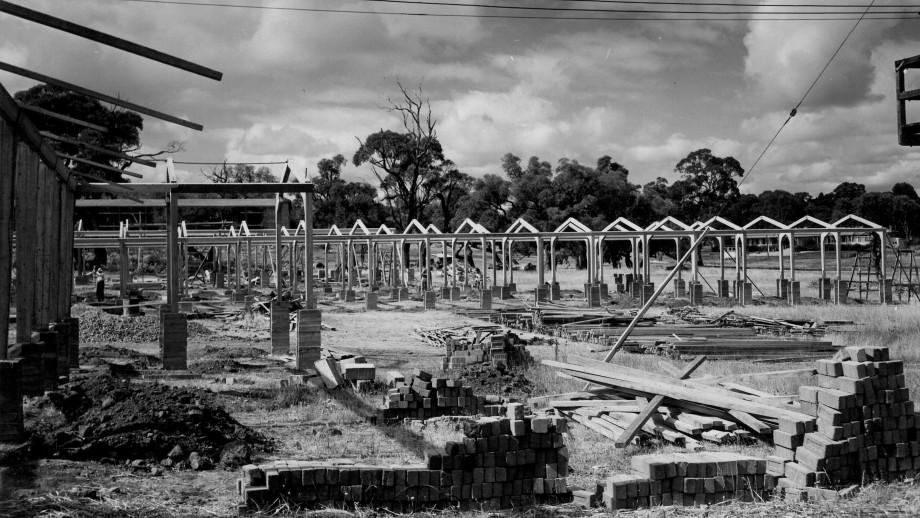 The Old Administration Area during construction, late 1940s. (ANU Archives)