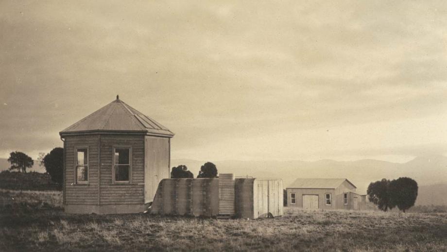 Stromlo Kite House, 1920s (Mt Stromlo Archives)